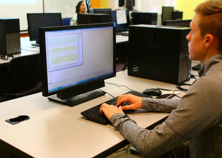 Saturday Academy student programming