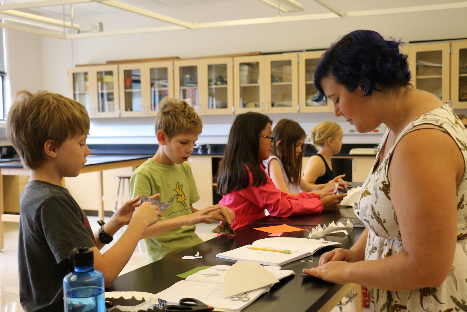 Students learning marine biology in a Saturday Academy camp